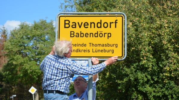 Ortsschild Bavendorf